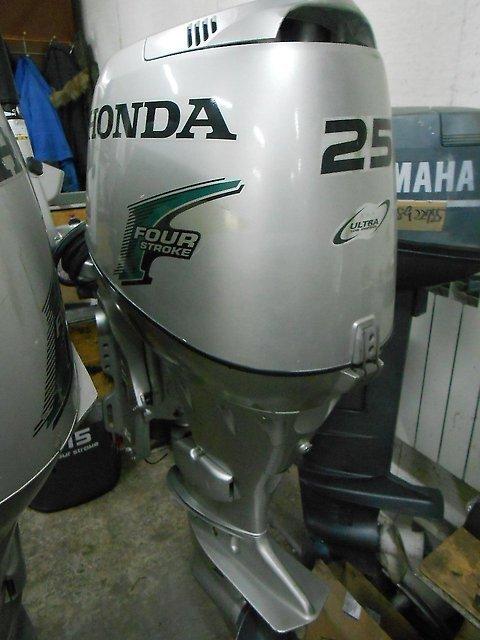 Лодочный мотор Honda BF 25 л.с. 4-х тактный