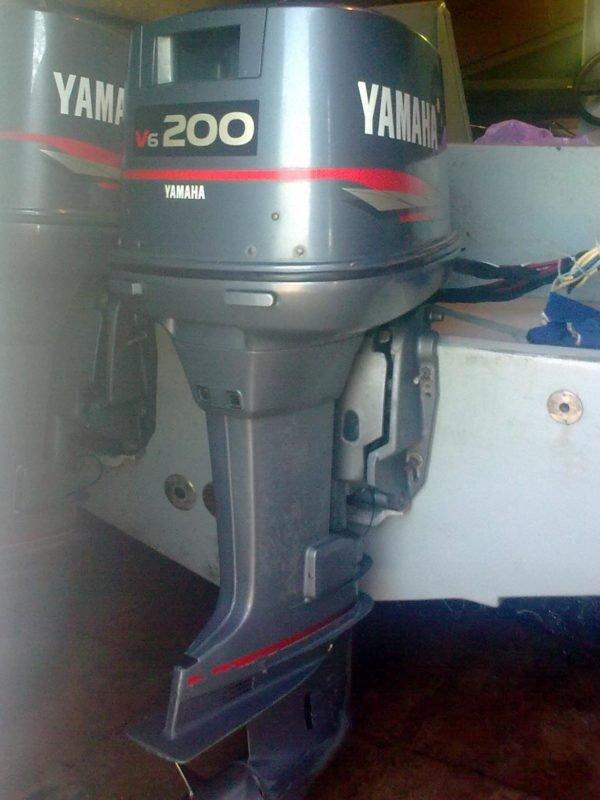 Лодочный мотор Yamaha 200 л.с. 2-х тактный
